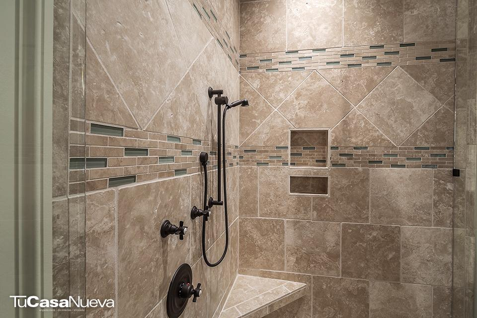 shower 389273 - Un baño que despierte tus sentidos